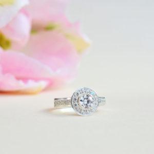 Biżuteria Libellen - złoty pierścionek zaręczynowy Glanc